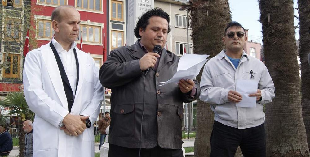 Bandırma'da doktorlardan cinayete tepki!