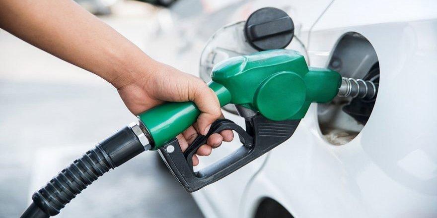Benzinde indirimli son fiyatlar belli oldu