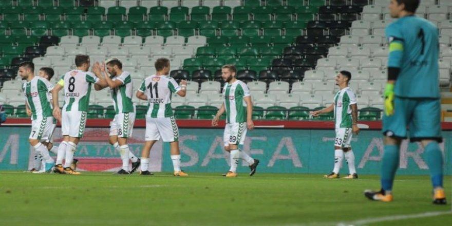 Konyaspor, Gençler karşısında farka koştu