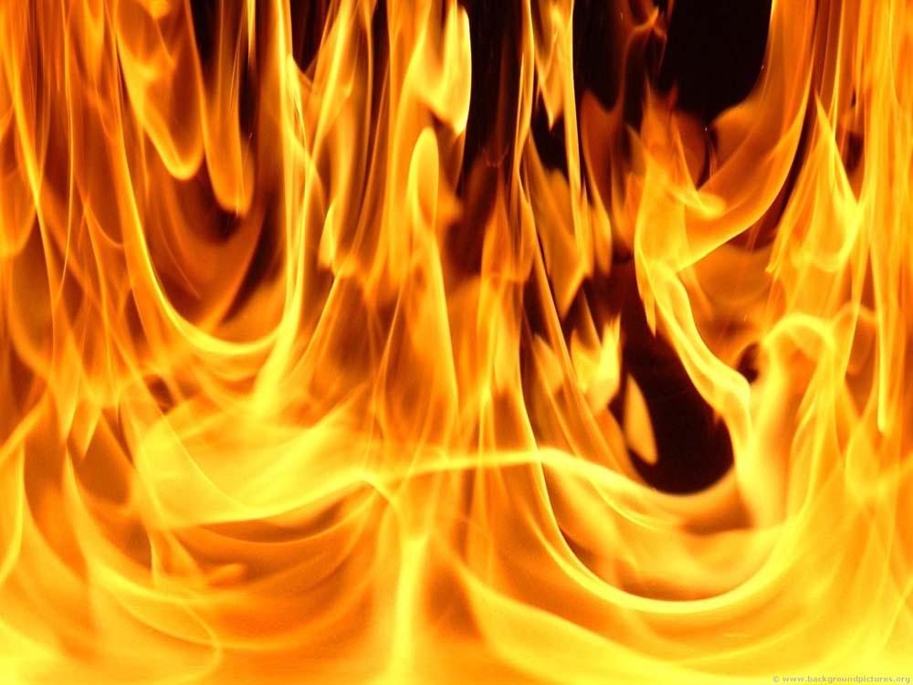 Gebze'de çadır yangını!