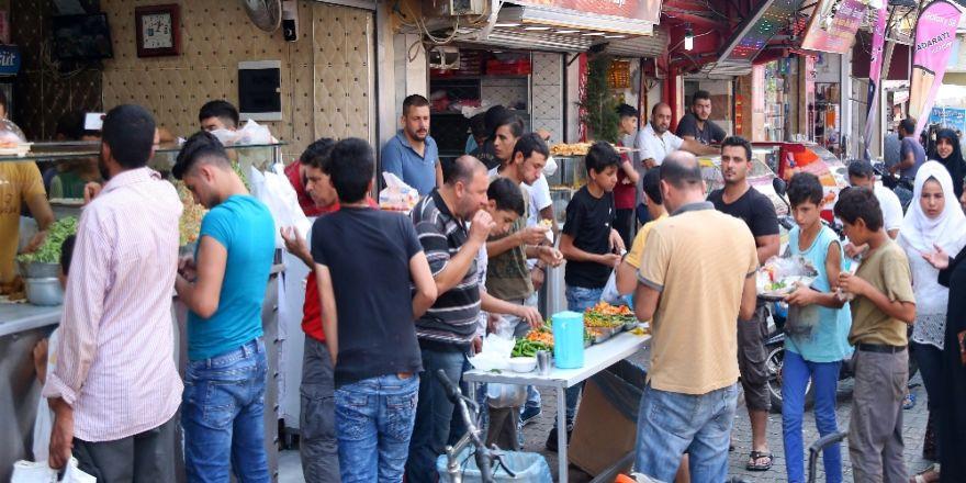 Arap Fast-food'una Yoğun İlgi