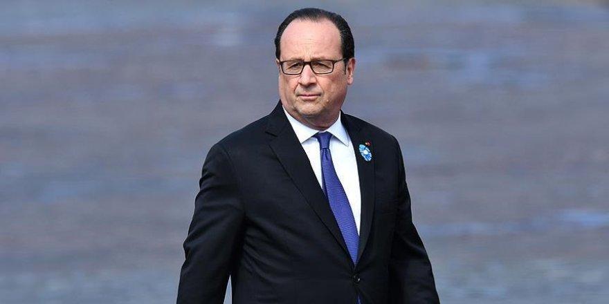 Hollande: Türk uçaklarının uçuşuna izin verilmesin