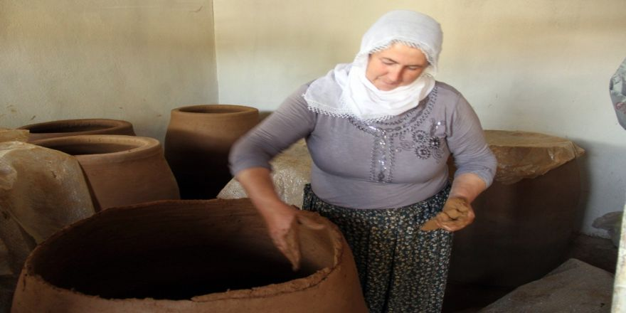 30 Yıldır Yaptığı Tandırları Türkiye'nin Dört Bir Yanına Satıyor