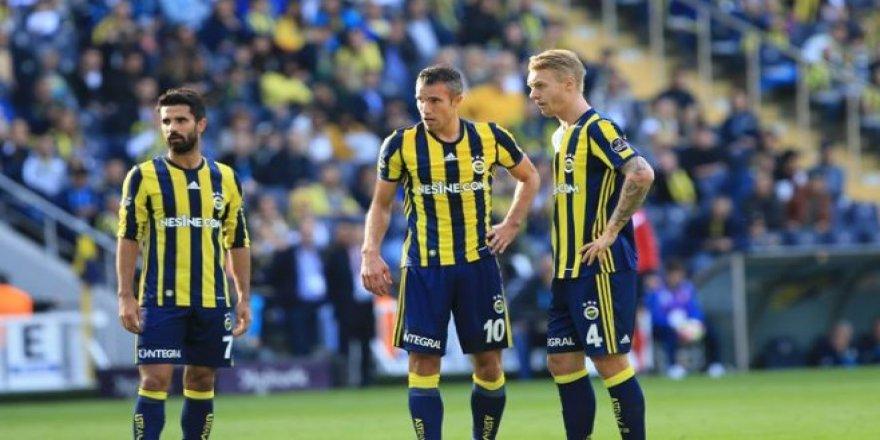 Fenerbahçe'de Robin Van Persie Ve Alper Potuk Şoku