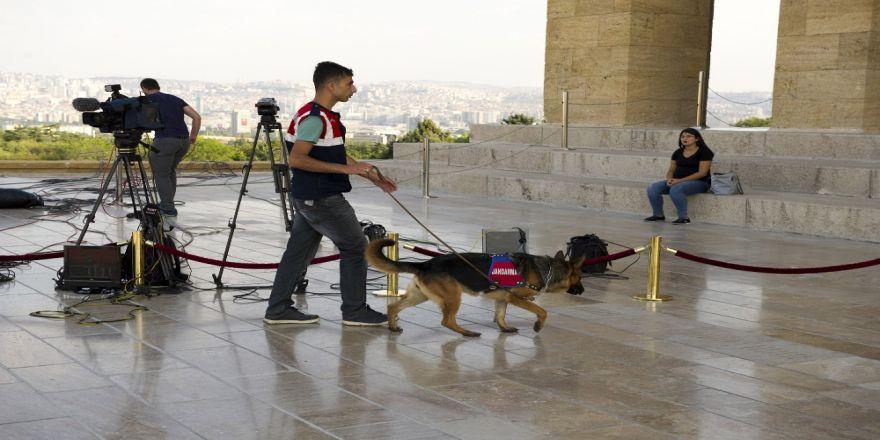Anıtkabir'de Yoğun Güvenlik Önlemleri