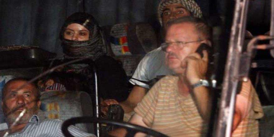 ABD savaş uçakları teröristleri taşıyan otobüsleri durdurdu