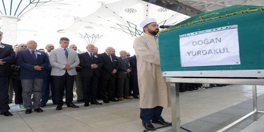 Cenaze Töreninde Kılıçdaroğlu da Bulundu