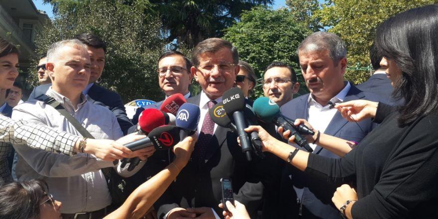 Ahmet Davutoğlu Hocası Şerif Mardin'i Anlattı