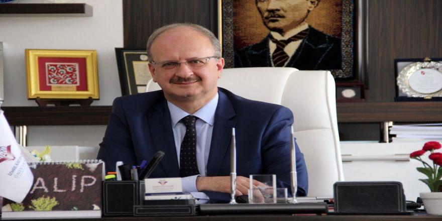 İzmir Katip Çelebi Üniversitesi Rektörü İstifa Etti