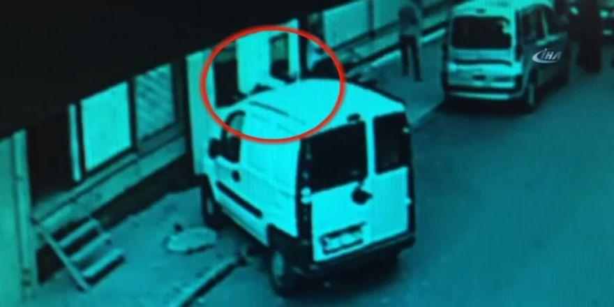 Bağcılar'da Silahlı Saldırı Kamerada