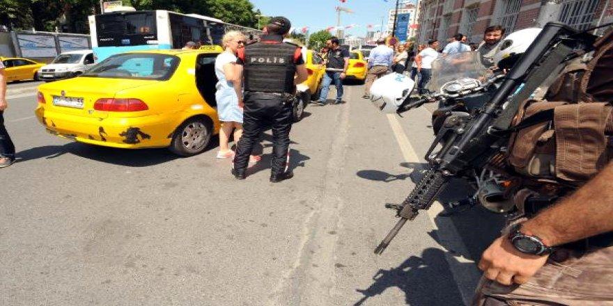 İstanbul'da Dev Operasyon! 39 Noktada 300 Ekip sokağa indi