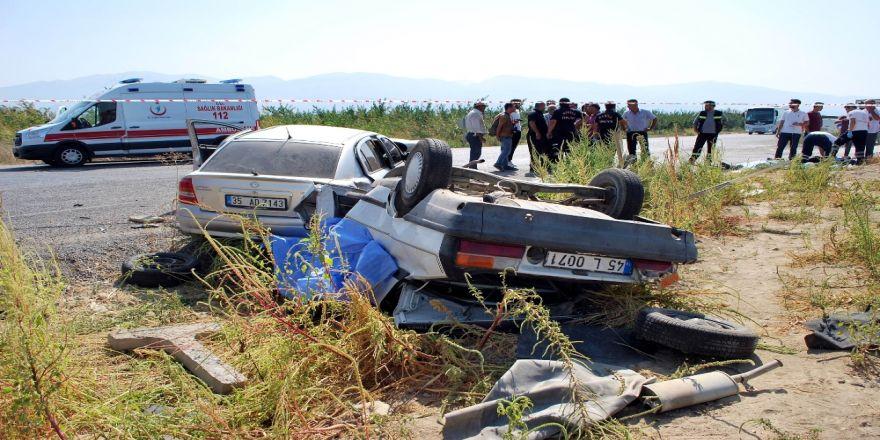 Manisa'da Feci Kaza: 2 Ölü, 7 Yaralı