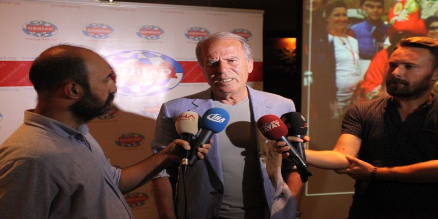 Mustafa Denizli'den Galatasaray Değerlendirmesi
