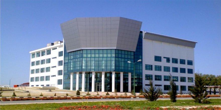 Yeni Nesil İletişimcilerin Adresi, Ydü İletişim Fakültesi