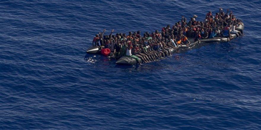 Mülteci teknesi battı: 100 kişi kayıp