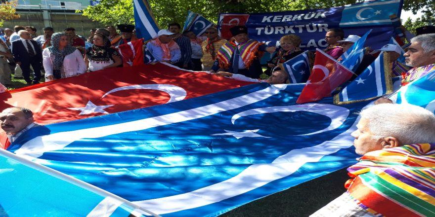 Türkmenlerden 'Kerkük Türk'tür Türk Kalacak' Mitingi