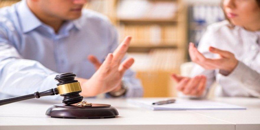 Boşanmak isteyen çiftler için 'yazılı sınav' şartı getirildi