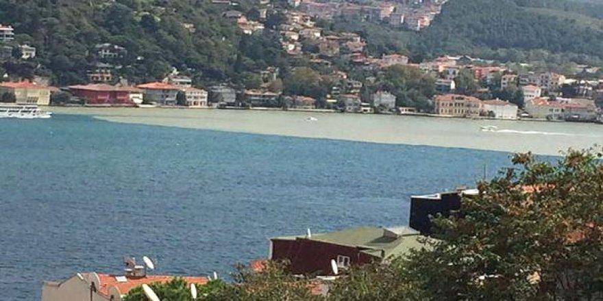 İstanbuldaki çamur görüntüsünün ardından deprem söylentileri yayıldı