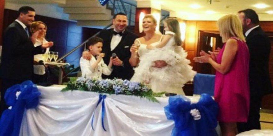 Özge Uzun boşandığı eşi ile ikinci kez evlendi