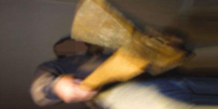 Yağmur yağmayınca muskacıyı baltayla öldürdü