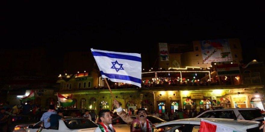 İsrail ve ABD bayraklı kutlama