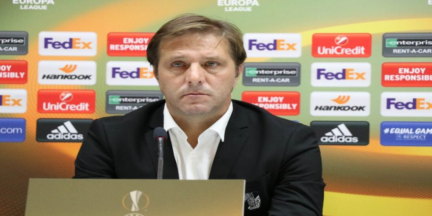 Vitoria Guimaraes Konya'dan Eli Boş Döndü