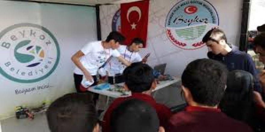 Beykoz Bilim Şenliği'nde Öğrenciler Projelerini Sergiledi