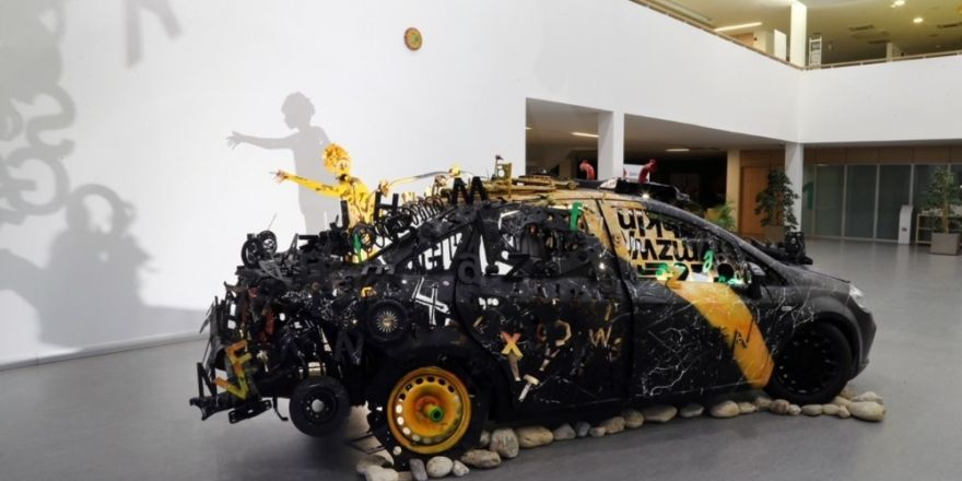Atık Metaller Sanat Eserine Dönüştü