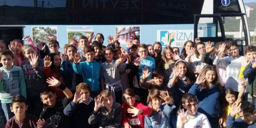 İzmit Belediyesi Öğrencileri Bursa'ya Götürülüyor