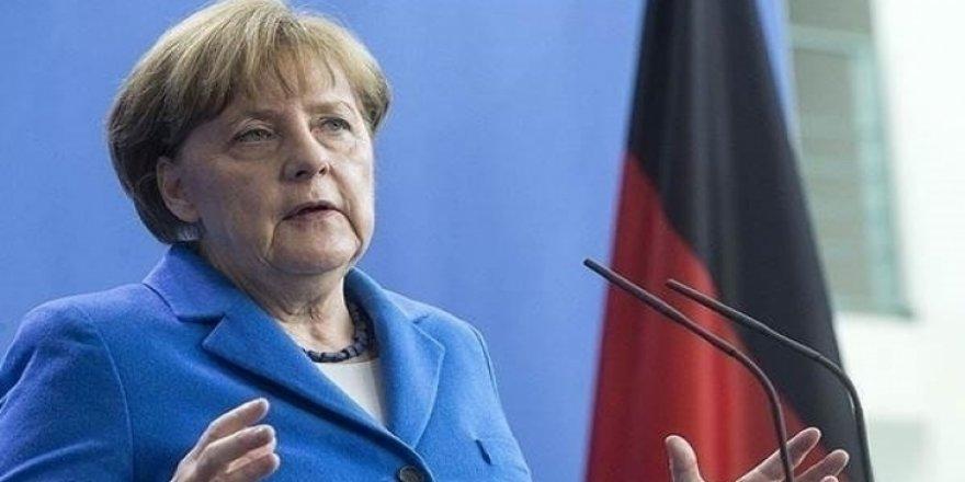 Merkel, Türkiye ile anlaşmak istiyor