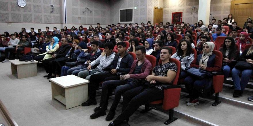 Stajyer Öğrencilerine Oryantasyon Eğitimi