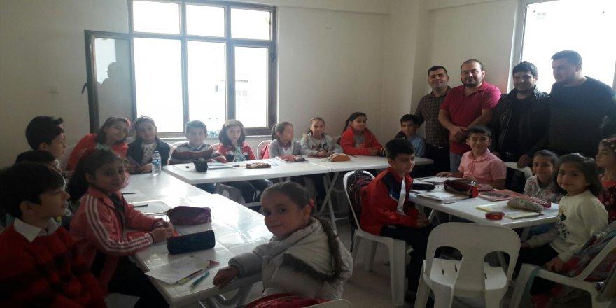 Samsunlular Derneği Gençlik Kolları'ndan eğitim