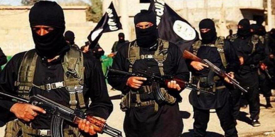 DEAŞ, Musul'da kaçırdığı 6 kişiyi öldürdü