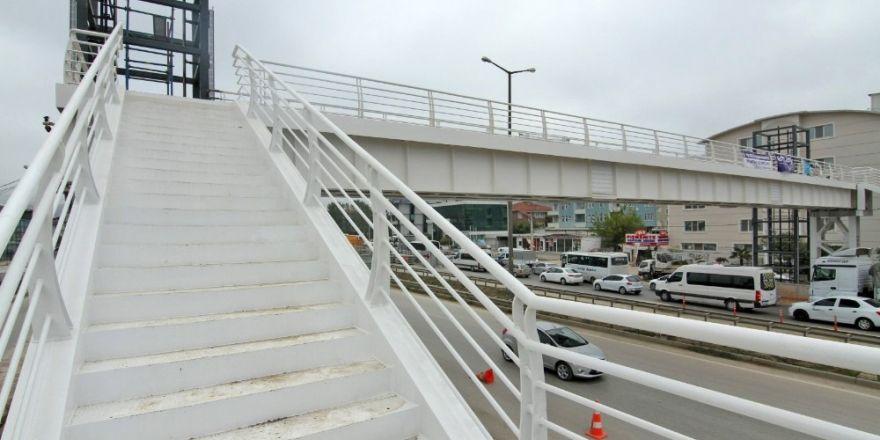 Yenişehir-yahya Kaptan Arasına Yaya Köprüsü