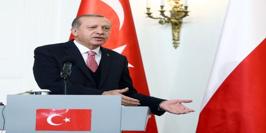 Cumhurbaşkanı Erdoğan Milli Takımları Kabul Etti