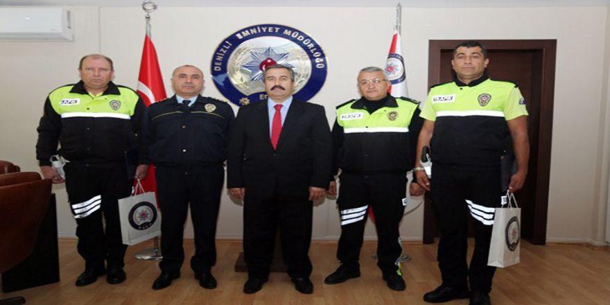 Örnek Polisler Ödüllendirildi