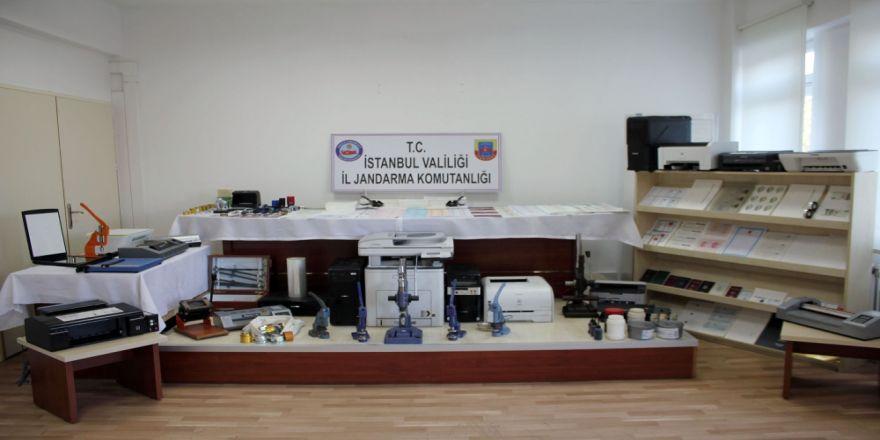 Fetö Üyelerine Sahte Kimlik Basan Matbaaya Operasyon !