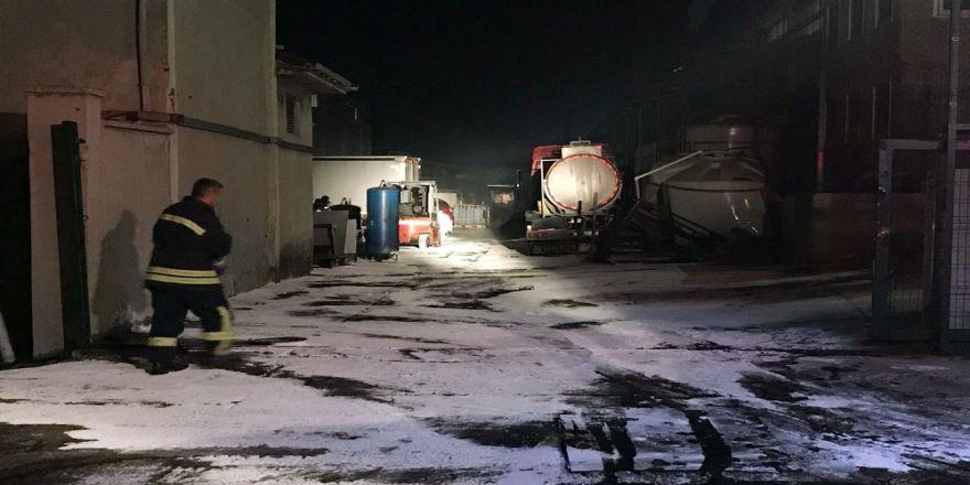 Fabrikada Asit Tankı Devrildi: 9 Yaralı