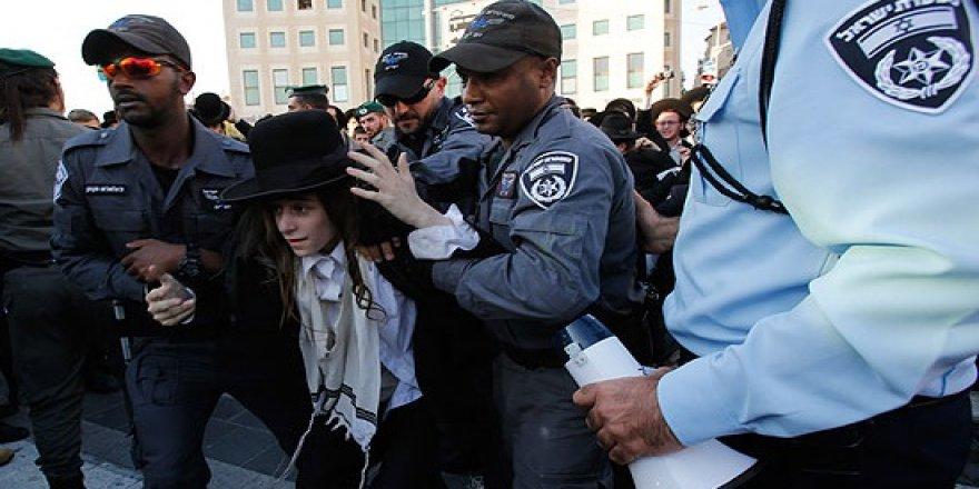 İsrail'de askerlik karşıtı eylem!