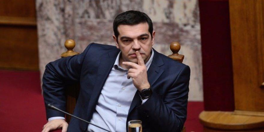 Yunanistan iflasın eşiğinde
