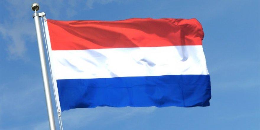 Hollanda'dan darbecilere sığınma hakkı