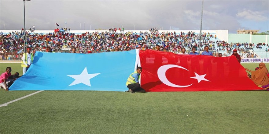 Mogadişu'da 'Türkiye' sloganları