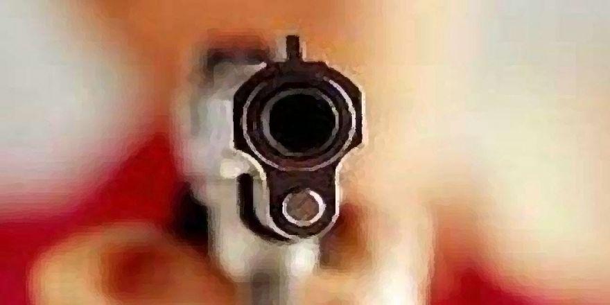Mhp İlçe Başkanına Silahlı Saldırı 3 Yaralı