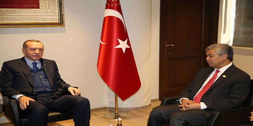 Erdoğan, Malezya Başbakan Yardımcısı'nı Kabul Etti