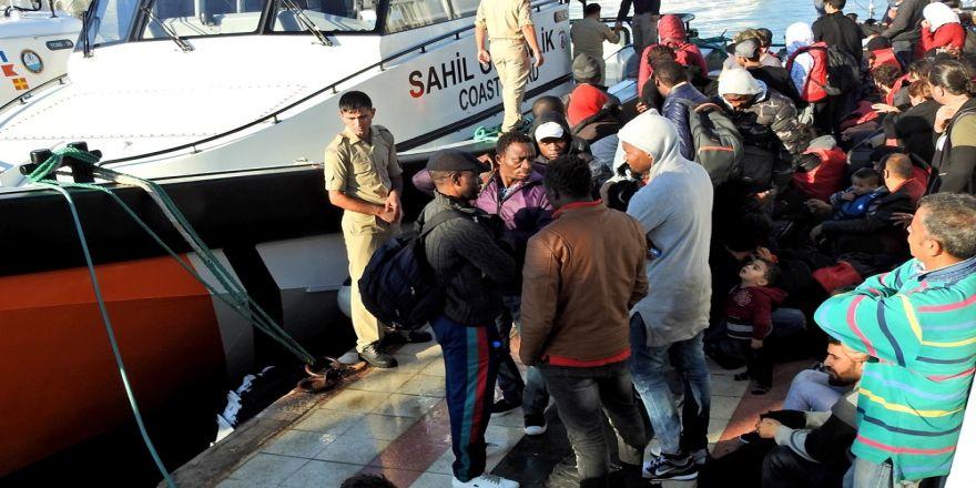 İzmir'de 113 Kaçak Göçmen Yakalandı