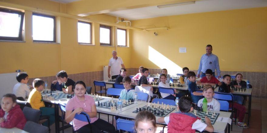 Cumhuriyet Satranç Turnuvası Yapıldı