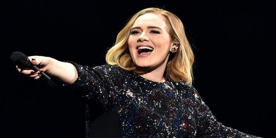Adele, 26 milyon dolarlık teklif aldı