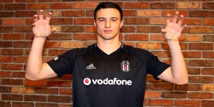 Beşiktaşlı Mitrovic'e milli davet
