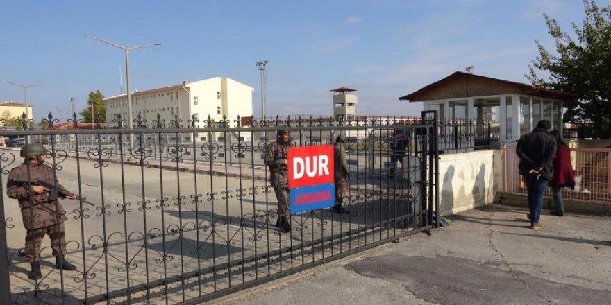 Demirtaş'ın kaldığı cezaevinde açlık grevi!