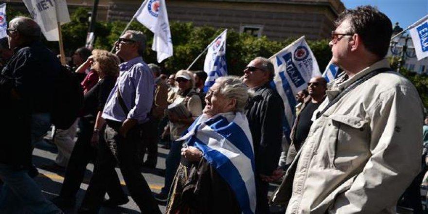 Gazeteciler grevde